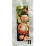 Bokmärke –B: Aprikosfärgade rosor…